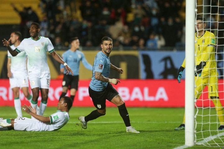 أوروغواي تتألق وتهزم بوليفيا في أمسية التعادلات