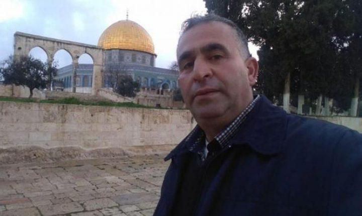 الاحتلال يبعد أسير محرر عن المسجد الأقصى