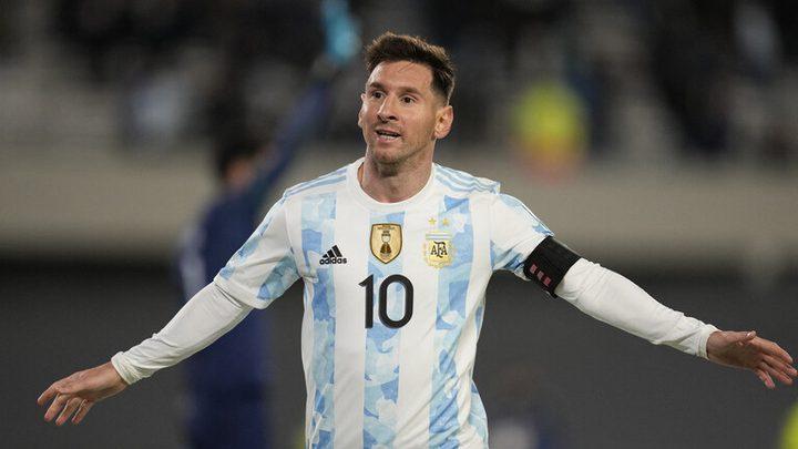 هاتريك ميسي يقود الأرجنتين للانتصار