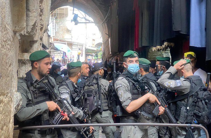 استشهاد الطبيب حازم الجولاني الذي أصيب برصاص الاحتلال في القدس