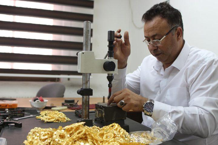 الذهب يسجل ارتفاعاً بنسبة 245% الشهر المنصرم