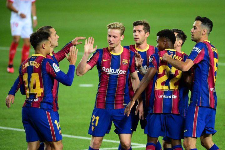 الإصابات تضرب برشلونة بعد الخسارة المهينة أمام بايرن