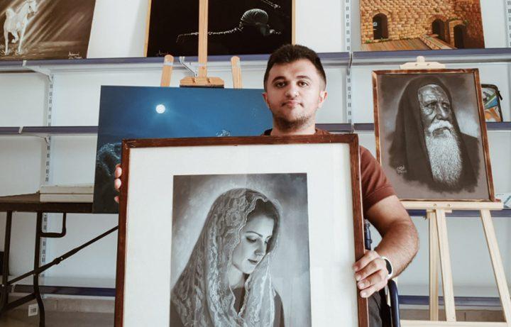 محمود أبو دغش قصة إنسان جبَّر كسوره بالفن