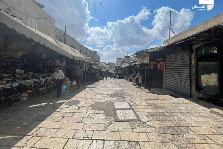 """إغلاق المحال التجارية وانتشار للمستوطنين في أرجاء القدس القديمة بسبب ما يسمى """"عيد الغفران اليهودي"""""""