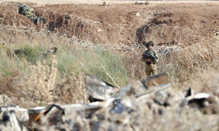 جيش الاحتلال يزعم إحباط محاولة تهريب أسلحة في منطقة غور الأردن