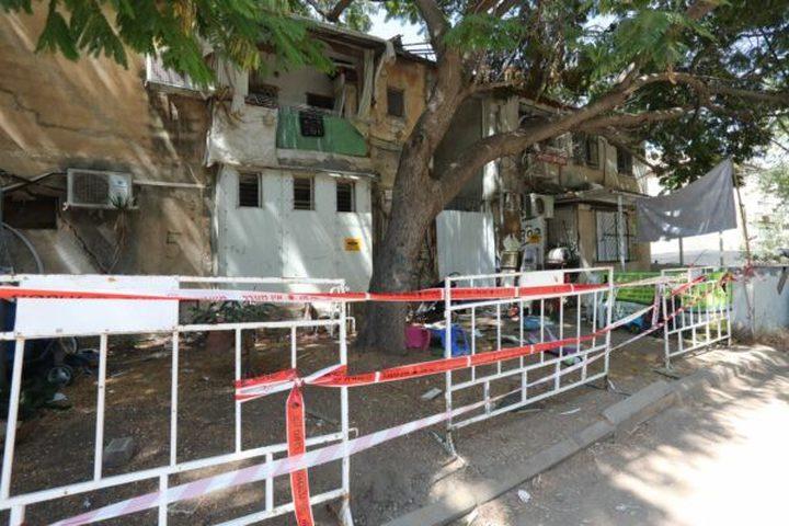 الاحتلال يُخلي عدد من المباني في مناطق متفرقة خوفا من انهيارها