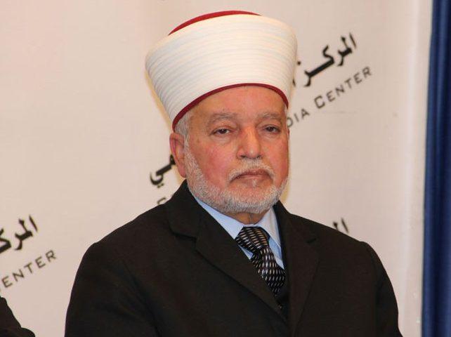المفتي يحذر من تداول نسخة مغلوطة من القرآن الكريم