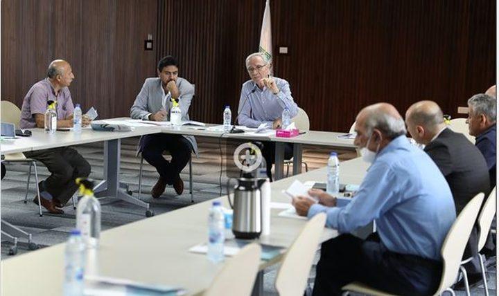 لجنة الانتخابات تجتمع مع ممثلي الفصائل والاحزاب الوطنيةفي الضفة
