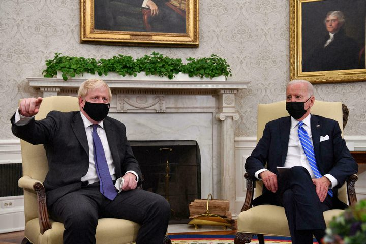بايدن يرفض الالتزام بإبرام اتفاقية للتجارة الحرة مع بريطانيا