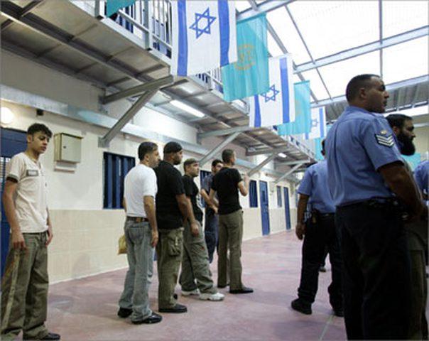 حركة الجهاد تحذر مصلحة السجون من قمع اعتصام أسراها في سجن النقب