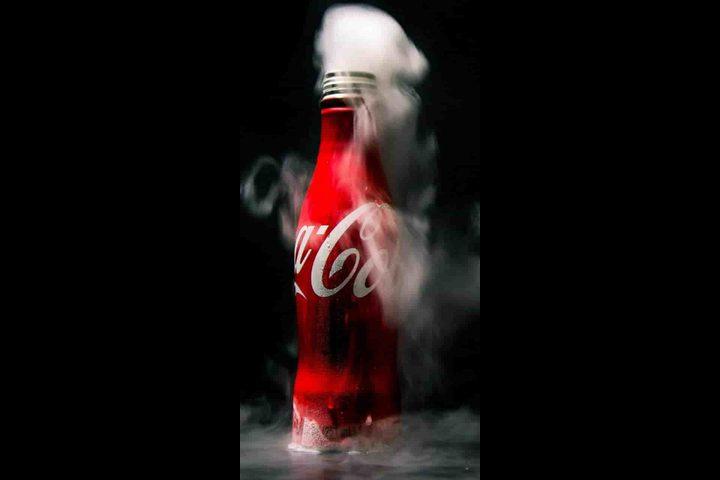 وفاة شاب صيني بعد شرب زجاجة كوكاكولا في 10 دقائق