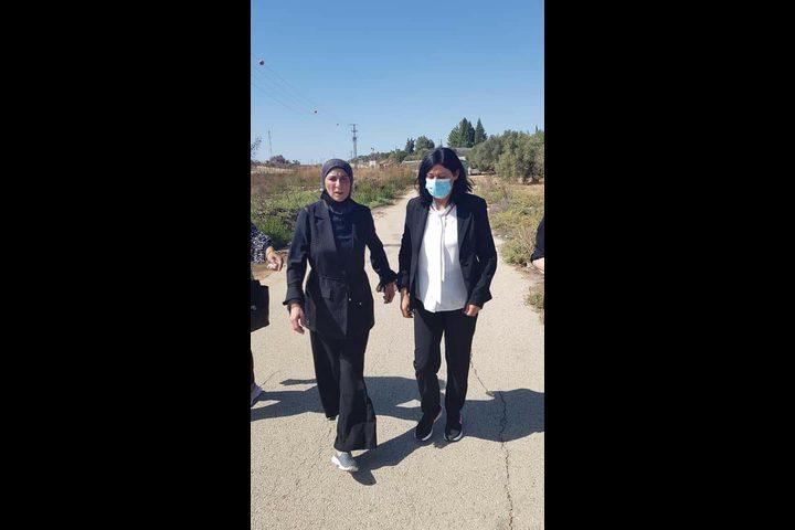 سلطات الاحتلال تفرج عن القيادية في الجبهة الشعبية خالدة جرار