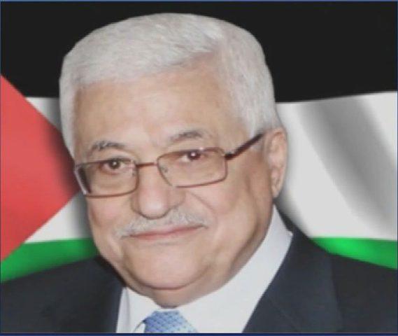 الرئيس محمود عباس يعزي والد الشهيد محمد خبيصة