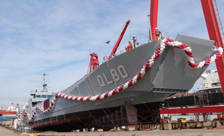 قطر تدشن سفينة حربية في تركيا