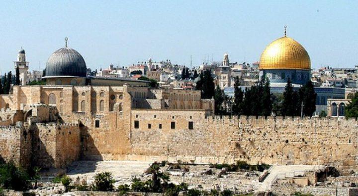 وزارة شؤون القدس: نحذر من محاولات تغيير الوضع التاريخي بالأقصى