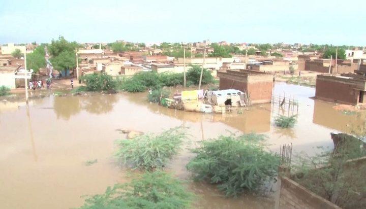 ارتفاع عدد القتلى في الفيضانات إلى 90 في السودان