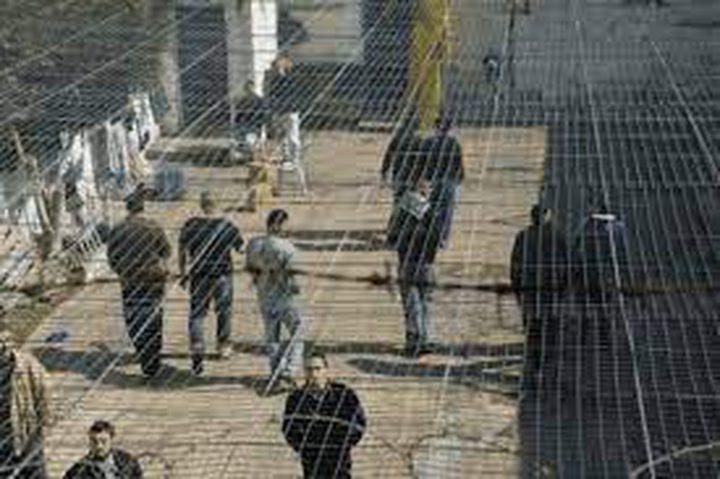إدارة سجون الاحتلال تواصل إجراءاتها التنكيلية بحق أسرى الجهاد