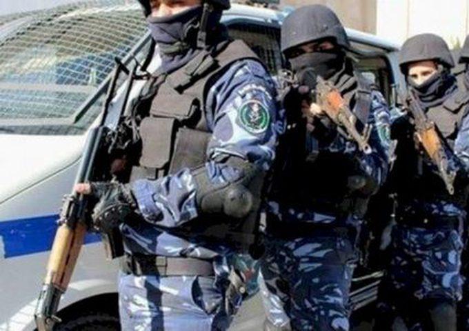 الحكومة الفلسطينة تقرر توظيف 300 شرطي في محافظة الخليل