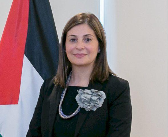 حنان جرار تقدم أوراق اعتمادها كأول سفير لفلسطين لدى مملكة ليسوتو