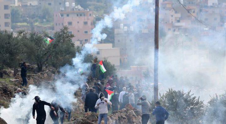 إصابة عدد من مواطنين بالرصاص خلال قمع الاحتلال مسيرة بيت دجن