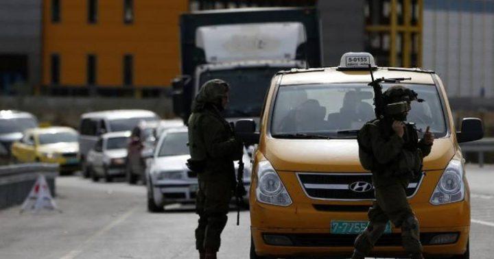 الاحتلال يعيق حركة تنقل المواطنين جنوب جنين