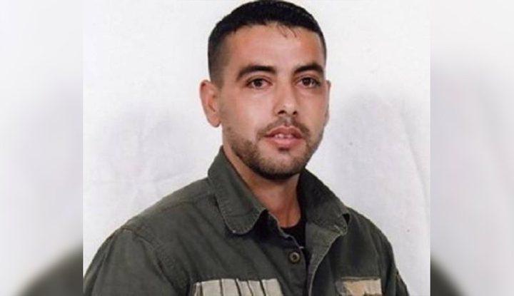 """قناص """"عيون الحرامية"""" يدخل عامه الـ 17 في سجون الاحتلال"""