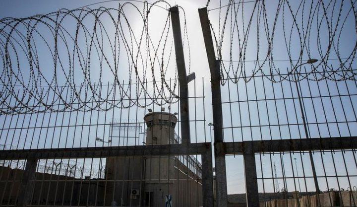 نادي الأسير: الأسرى في السجون يتوافقون على برنامج نضالي تدريجي