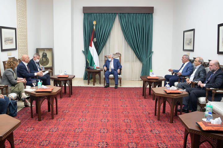 الرئيس يستقبل وزيري الصحة والتعاون الإقليمي الإسرائيليين