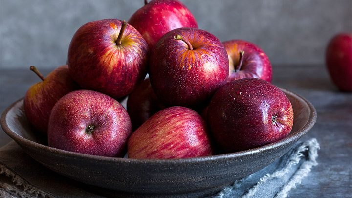 ما هي مخاطر الإفراط في تناول التفاح ؟