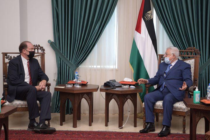 الرئيس عباس يستقبل رئيس البنك الدولي