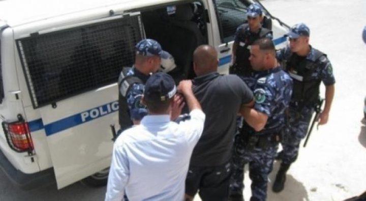 الشرطة تقبض على متهم بالقتل العمد في الخليل