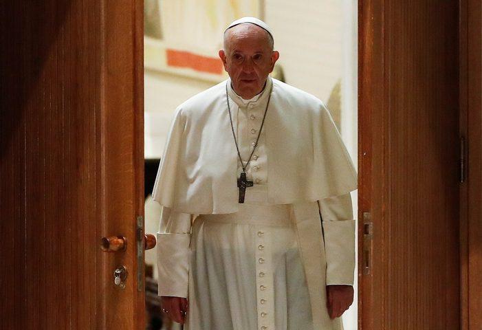 ردة فعل البابا إزاء تقرير حول اعتداءات جنسية لرجال دين كاثوليك