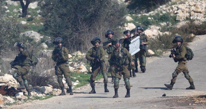 الاحتلال يصيب 5 مواطنين  خلال التصدي لعمليات تجريف جنوب نابلس