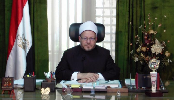 مفتي مصر يدين قرار الاحتلال بمنح اليهود الحق في الصلاة بالأقصى