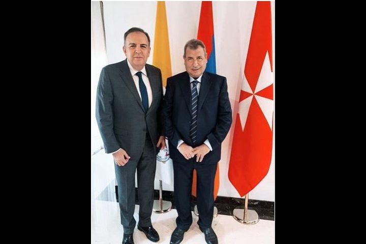 خوري يلتقي سفير جمهورية أرمينيا لدى حاضرة الفاتيكان
