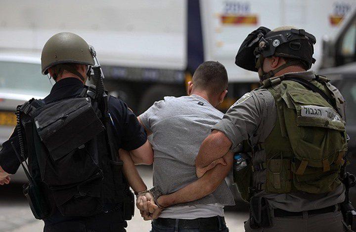 الاحتلال يعتقل شابًا من مخيم جنين على حاجز عسكري