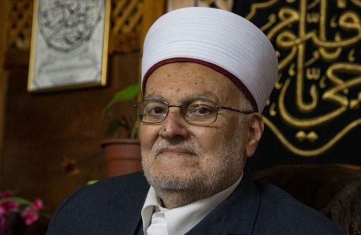 الأوقاف تستنكر قرار الاحتلال إبعاد الشيخ عكرمة صبري عن الأقصى