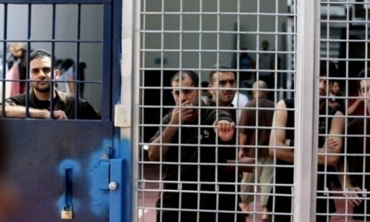 الأسير رايق بشارات ينهي إضرابه المفتوح عن الطعام